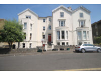 *NO AGENCY FEES TO TENANTS* A modern two bedroom flat offered on an unfurnished basis in Cotham.