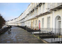 *NO AGENCY FEES TO TENANTS* Well presented three bedroom, top floor flat in Clifton Village.