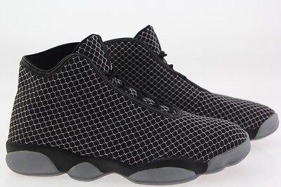 823581-010 Jordan Men Horizon black white - Black White Jordans