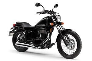 SUZUKI BOULEVARD S40 - ORANGE, NOIR 2017