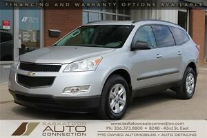 2011 Chevrolet Traverse LS AWD ** 8-PASSENGER ** ACCIDENT FREE