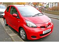 2011 TOYOTA AYGO GO EDITION only 17k miles sat nav, like Volkswagen up citroen c1 peugeot 107