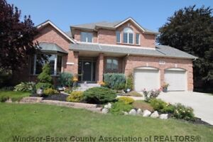 SOLD!! 113 Pheasant Run/ Over 4000 sq. ft of Living Space!