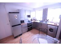 Charming double rooms to rent in West Croydon. Available immediately.
