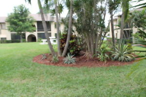 55+ UPDATED CONDO 2BED/2BATH GARDEN VIEW, LAKE WORTH