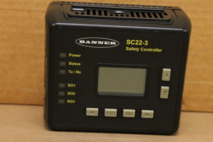 BANNER SC22-3 SAFETY CONTROLLER