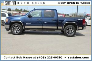 "2011 GMC SIERRA 1500 CREW CAB WITH 20"" RIMS"