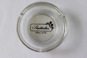 Vintage-Clear-Glass-Strathallan-Boutique-Hotel-Round-Ashtray-Rochester-NY-3-Rest