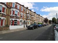 Spacious 2 bedroom flat on Tremadoc Road, off Clapham High Street