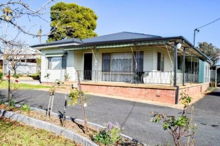 Real Estate Grenfell NSW FOR SALE 49 Forbes Street