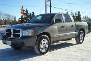 2005 Dodge Dakota SLT Quad Cab 4X4 **ONLY 143,000kms!**