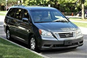 2010 Honda Odyssey SE *DVD* POWER DOORS - MINT ! 8 SEATER !