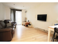 *NO AGENCY FEES TO TENANTS* Beautifully presented and modern 1 bed flat with enclosed courtyard
