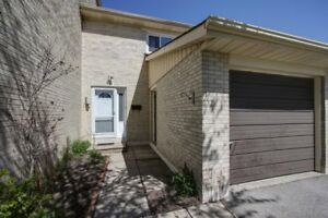 Townhouse for sale 15 Vega Starway /Don Mills and Sheppard