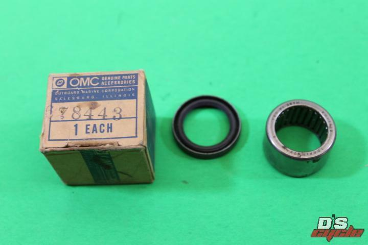 NEW OMC OEM BEARING  PART NUMBER 304322