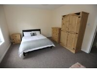 Double Rooms to rent in Town Centre Location