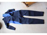 Wetsuit 3mm neoprene Size UK L/ Euro 52