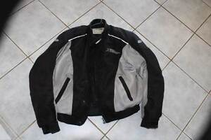 MOTORCYCLE JACKET MOTODRY SIZE M BODY ARMOUR WATERPROOF SCOOTER Miranda Sutherland Area Preview