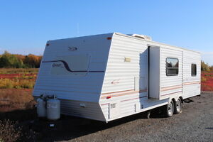 2000 JAYCO QWEST 292FKS TRAVEL TRAILER WITH SLIDE OUT