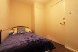 Beautiful single and double rooms available ASAP- Greenwich
