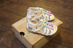 Size 6 and 7 girl sandals