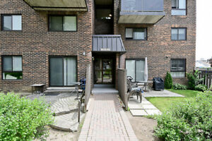 Awesome 3 bdrm stacked Townhouse in Oshawa