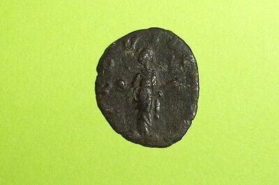Ancient ROMAN COIN providentia GALLIENUS 253-268 AD globe sceptre old treasure