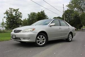 2005 Toyota Camry XLE - Alloys|Roof