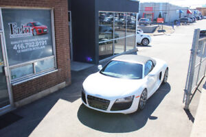 2012 Audi R8 5.2 V10 SPYDER - WHITE ON RED! RARE!