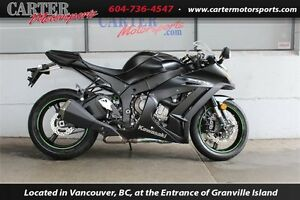 2015 Kawasaki Ninja ZX-10 ABS - LIKE NEW!!