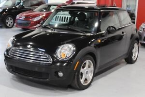 Mini Cooper 2D Hatchback 2010
