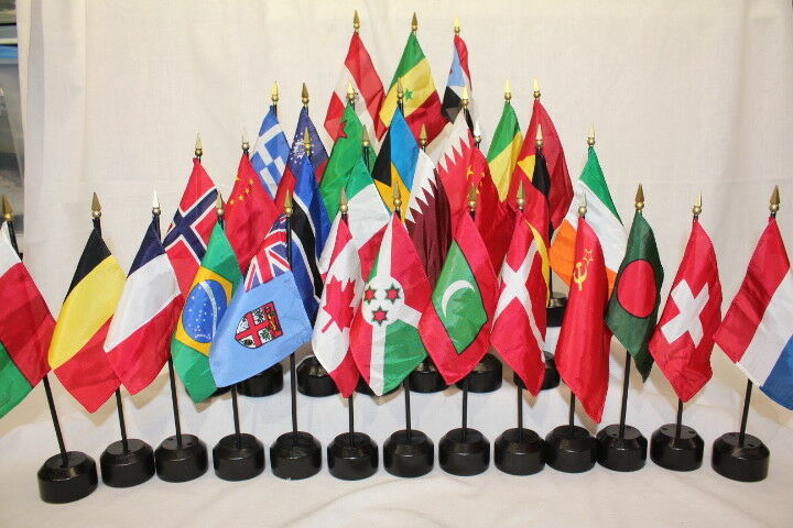 "Lot of 101 Country Flags 4""x6"" Banners on 11"" Plastic Poles Gold Tips +36 Stands"