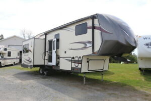 2017  HERITAGE GLEN 286RL 5TH WHEEL ONLY 8499LBS WITH 3 SLID