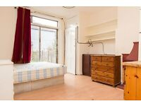 Large double room with garden available now in NW2.