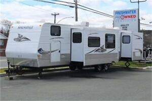 2012 KEYSTONE SPRINGDALE 372BHGL (Rear Master with Slide!)
