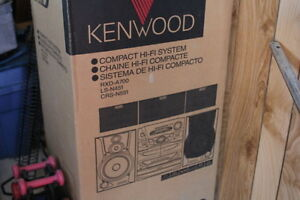 Kenwood Home theater with sub woffer