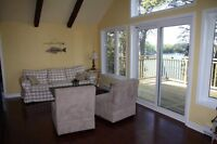 STUNNING WATERFRONT COTTAGE/PRIVACY/TRANQUIL/AWESOME LOCATION