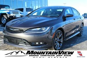 "2016 Chrysler 200 ""S"" V6!"
