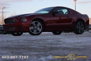 2014 Ford Mustang Premium SUPER LOW KM!!