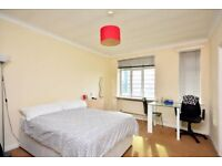 SELF CONTAINED STUDIO in MANSION BLOCK, EN SUITE, LIFT ACCESS, DECOR, SEPARATE KITCHEN,