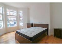 3 Bedroom Ground Floor Flat + Garden on Tremadoc Road 11th Aug £2,600