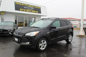 2016 Ford Escape - LEATHER SEATS!!