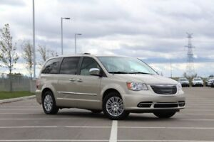 2013 Chrysler Town & Country Limited| Sun| Nav| DVD| Heat Lth| R