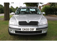 Skoda Octavia Estate Silver 4x4 6 Speed 140 Bhp 2009 2.0 TDI Diesel ex-police car, motorway mileage