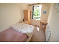 # 60 SEC FROM TUBE !! ZONE 1/2 * MODERN & CLEAN SINGLE / DOUBLE / EN SUITE / TWIN /VARIOUS AREAS