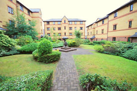 *NO AGENCY FEES TO TENANTS* Well presented, part-furnished flat located near the River Avon