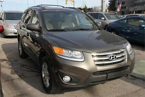 "2012 Hyundai SantaFe GL Premium w/ SUNROOF+18"" RIMS/TIRES"