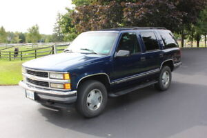 1999 Chevy Tahoe 4x4 with 5.7 litre engine.
