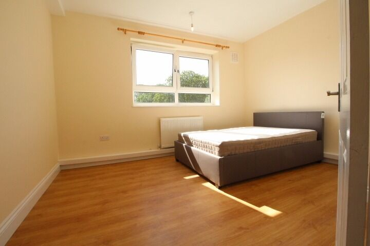 Sparkling two bedroom apartment with balcony in trendy West Norwood.