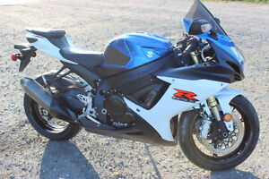 Lovely GSXR 750 2012 low kms